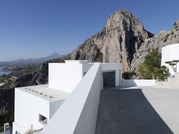 Дом с видом на море в Испании