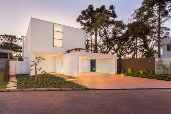 Белый дом в Бразилии