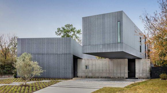 Дом с двумя дворами в США от Robertson Design.