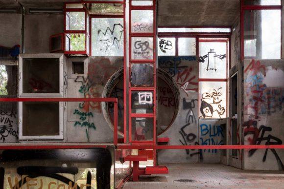 Экспериментальный дом в Италии от Giuseppe Perugini и Uga de Plaisant.