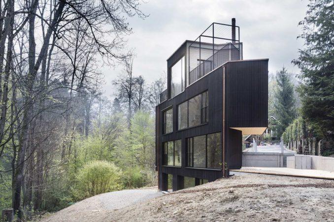 Дом на две семьи в Швейцарии от Angela Waibel и Hajnoczky.Zanchetta Architekten.
