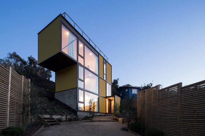 Трёхэтажный дом для инвалида