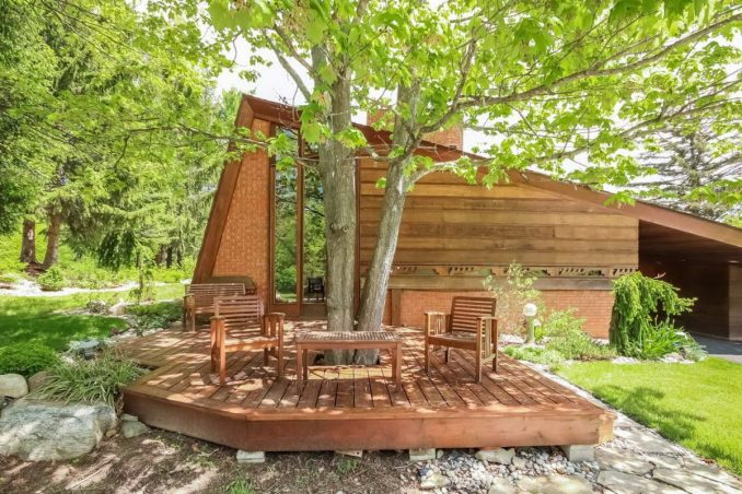 Модернистский домик-шедевр по проекту Райта