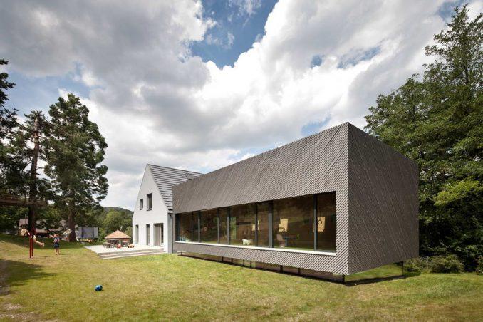 Растущий дом для семьи из трёх поколений