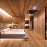 Деревянный минималистский дом на крыше - Интерьер