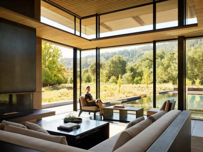 Модернистский дом на лугу - Интерьер